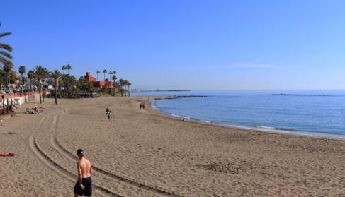 Te proponemos darte el primer chapuzón del año en las playas de Benalmádena