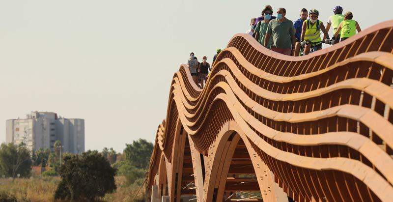 La pasarela peatonal de madera más grande de Europa, en Málaga